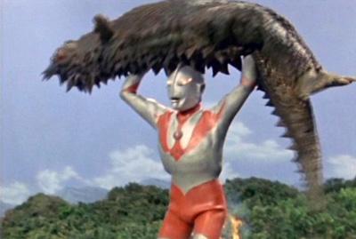 Review Sejarah Lengkap Ultraman