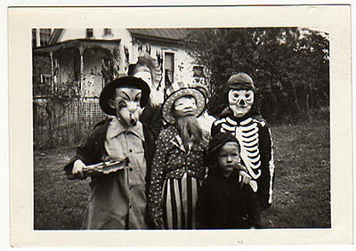 halloween photo from the early 20th century