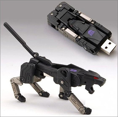 Transforming USB Flash Memory (2 GB) - Ravage