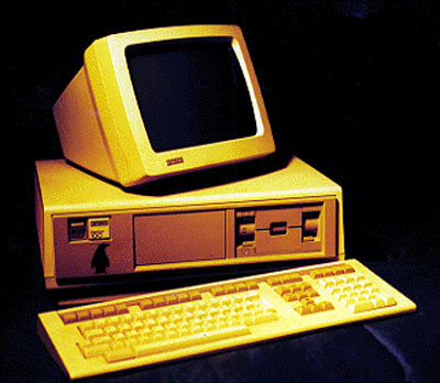 DEC Rainbow Triple Boot Computer from 1982