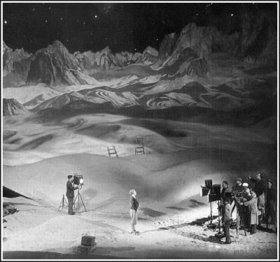 Frau Im Mond: On the set of the moon