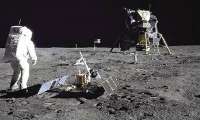 Astronaut Buzz Aldrin on the moon