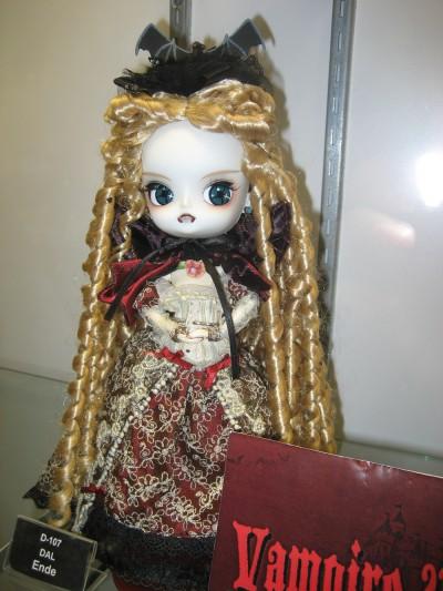 Blythe Vampire