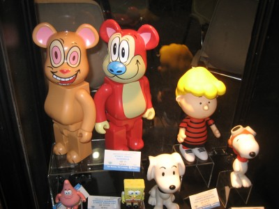 Ren and Stimpy Qee Bears and Peanuts collectables: Diamond at Toy Fair 2010