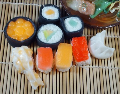Ultra Realistic Sushi Lover Deluxe Soaps Gift Set (Wasabi scented)