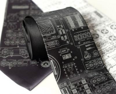 Apollo Lander Tie