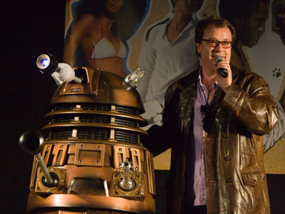 Russell-T-Davies-and-Dalek