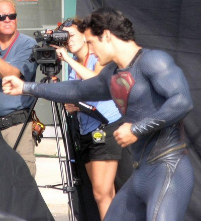 superman-man-of-steel-set-photo-costume-henry-cavill-03