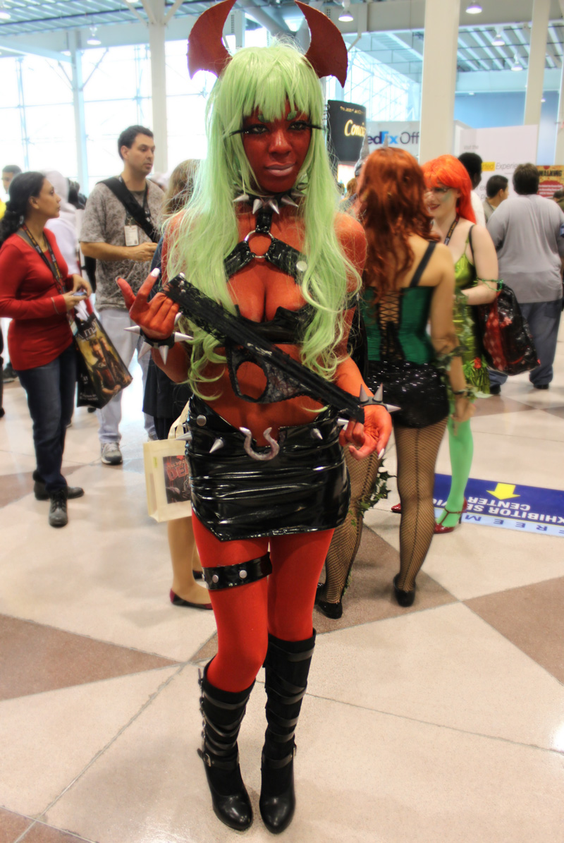 The Most Sexy Cosplayers at New York Comic Con » Fanboy.com