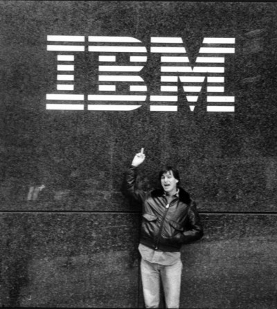 Steve Jobs in front of the IBM building