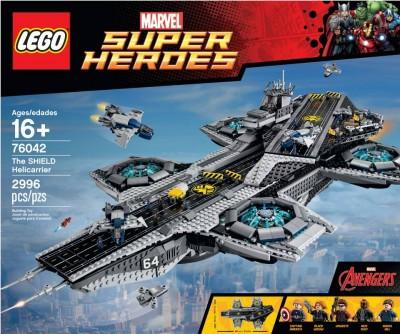 Lego-Avengers-Helicarrier-1